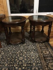 Set of 2 Oval End Tables