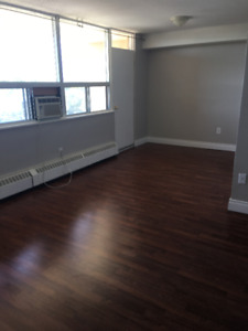 Freshly Painted Huge 2 Bedrooms for rent