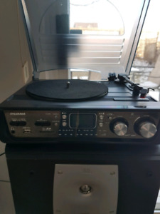 Sylvania record player