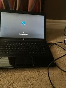 Hp 2000 Laptop (will sell today for 250$)