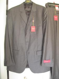BRAND NEW Men's Suit