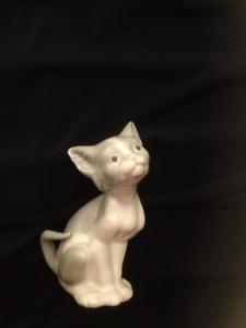 Lladro Cat Figurine