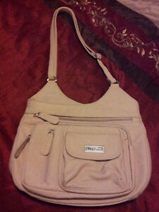 Multi Pac Leather Purse