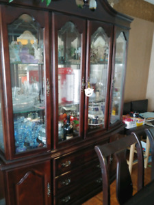 Dining table, buffet & hutch