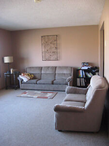 Perfect for Grad Students!  Safe, Quiet Triplex Close to LU!