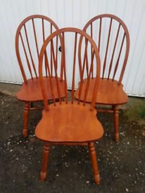 3x farmhouse chairs spindle back