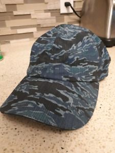 Lululemon mens running hat