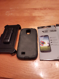 Otter box and 2 screen protectors for a Samsung Galaxy 4S