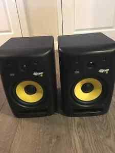 Pair of KRK Rokit 8 Powered Studio Monitors / Speakers