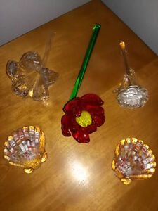 Small lot of 5 unique art glass pieces