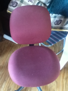 good condition computer chair for sale