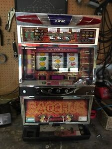 Slot machine bacchus
