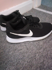 f218be1eee23 nike trainers size 6