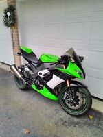 KAWASAKI ZX10R 2009 SPECIAL EDITION WITH ESTRAS Windsor Region Ontario Preview