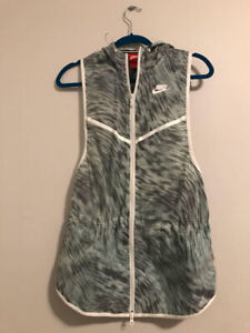Nike Running Vest, Never Worn,  Size Small