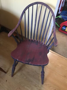 Antique chair, sturdy $65 QEW/Winston churchill 416-949-3086