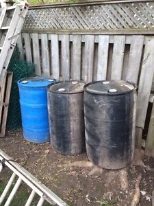 50g plastic drums great condition