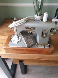Vintage cresta sewing machine