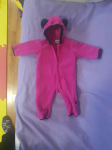 6-12 month zip up suit, great for when in carseat
