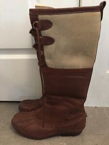UGG Belcloud boots size 8 Kitchener / Waterloo Kitchener Area image 2