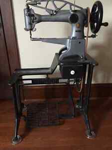 Singer 29K71 Cobbler's Leather Treadle Sewing Machine
