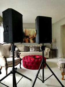 2 Yorkville NX55p + STANDS active Powered Loudspeaker w/cases
