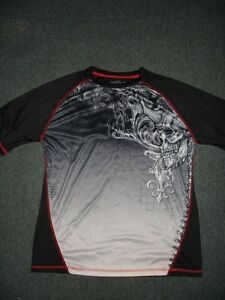 UFC and TAPOUT clothing, belt buckle and hat Gatineau Ottawa / Gatineau Area image 6