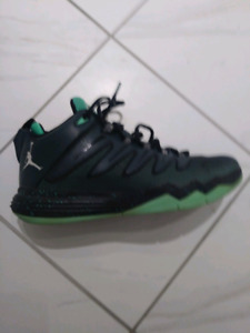 Boys Shoes. Nike Air Jordan Chris Paul like new