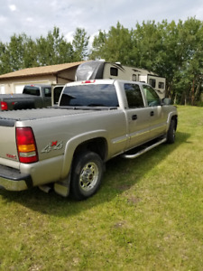 Immaculate 2002 GMC SLT Heavy Half