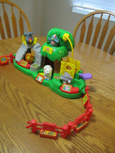 Fisher-Price Little People Musical Zoo London Ontario image 3