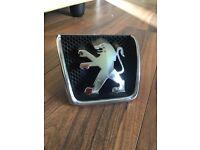 Peugeot 307 chrome grille lion logo badge