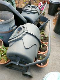 Horizontal Rotating compost tumbler