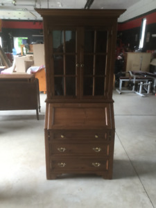 Hutch, desk, writing desk, shelf, bookcase, book case