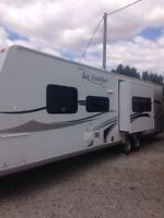 Mint Shape 2010 Jayco 28R camping trailer
