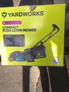 Yardworks electric push lawn mower