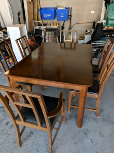 Dinette Set with 6 chairs and buffet