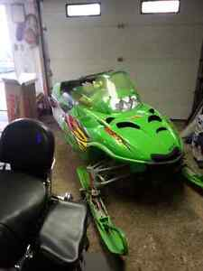 Snowmobile Arctic Cat -Trade or sell