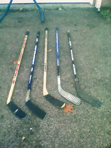 HOCKEY STICKS ,,, 5 BATONS DE HOCKEY ,,,,