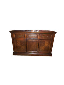 Gibbard Credenza / Buffet / Hutch / Side Table