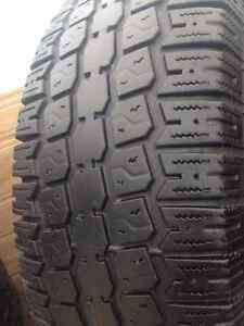 2 Kino  winter tires 235/75/15