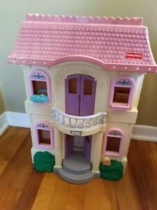 Fisher Price Doll House & Accessories
