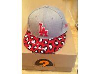 🎄Genuine New Era cap small- medium 9FIFTY SnapBack New