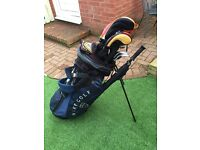 TAYLORMADE R7 Full set golf clubs( excellent condition) £200