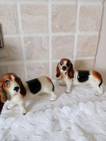 Vintage Bassett hound dogs