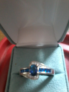 SAPHIRE STERLING SILVER 925 RING
