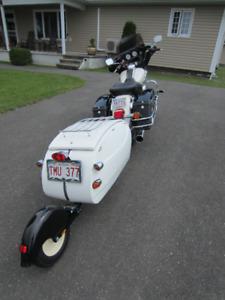 Harley Davidson + Cyclop trailer