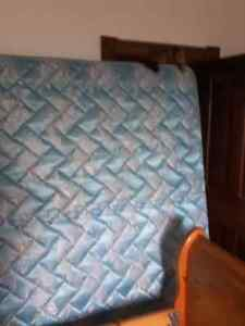 King sized mattress and boxspring Stratford Kitchener Area image 5