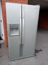 Daewoo Silver American style fridge freezer
