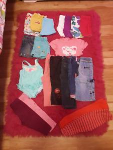 Lot 25 $ : 47 mcx vêtements fille 12-18 mois en excellent état