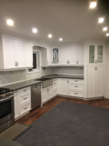 Upgrade Fancy Kitchen with Custom Cabinets & Quartz Countertop